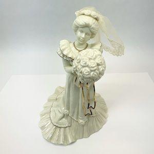 VINTAGE ENESCO 1995 Porcelain Bride Music Box